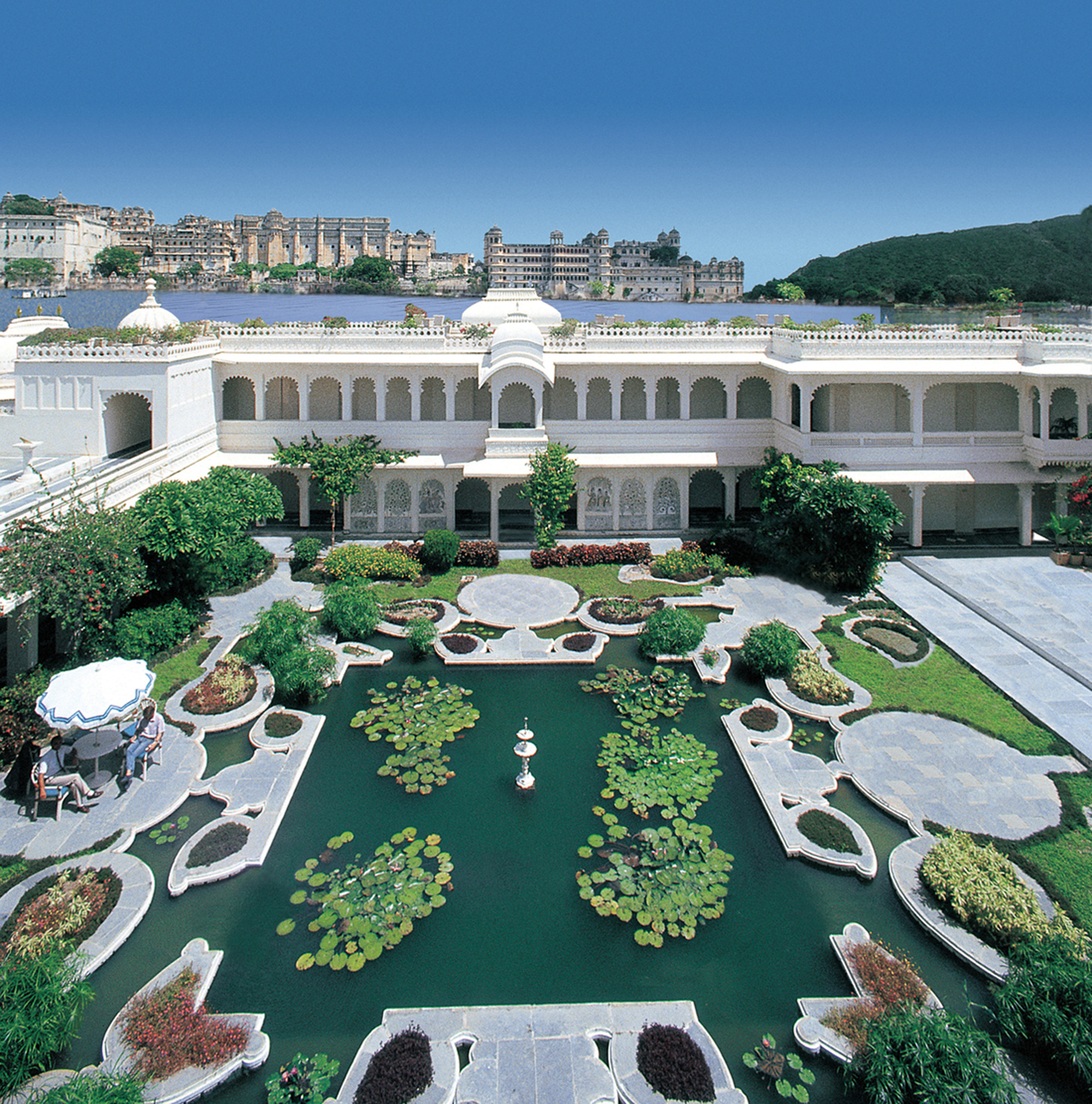 The 7 Great Gatsby Mansions Of India